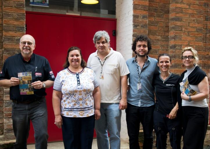 Integrantes da comissão organizadora, após coletiva de imprensa nesta quarta-feira, 4, no Teatro do Engenho: Marcelo Mazzei (Sesi), Rosângela Camolese (Semac), Leonardo Borges e Chico Galvão (Sesc), e Fátima Monis (Sesi)
